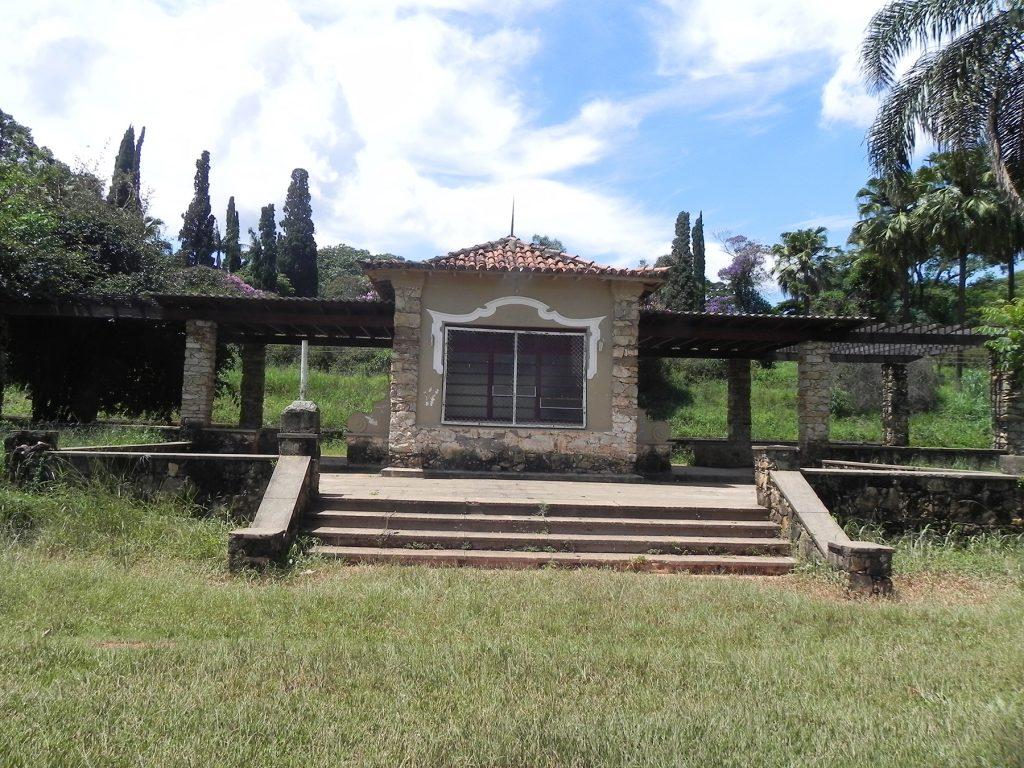 Fig.12| Praça de Esportes. Estúdio e Pérgolas, no eixo do conjunto Ramos de Azevedo (Fonte: Foto Iná Rosa, dez. 2011).