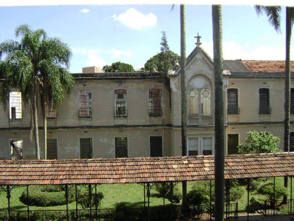 Fig.16| 3º Pavilhão Feminino (sinistrado, 1999). Elevação para Galeria. (Fonte Foto: Iná Rosa, dez. 2010).
