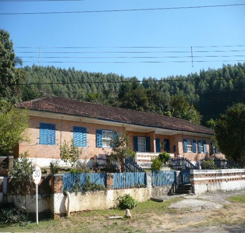 Figura 11: Agrupamento de casa construída na década de 1940. Demolidas após 2011. Fonte: Acervo da autora(2010).